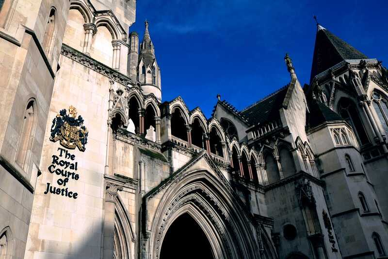 the-royal-courts-of-justice-1648944_960_720.jpg